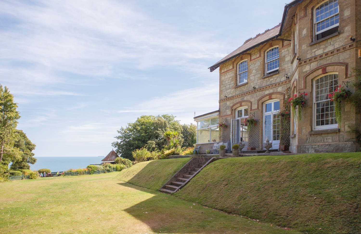 Ferry Incuslive 2nt Offer from £179 for 2, Luccombe Manor Country House Hotel, Isle of Wight