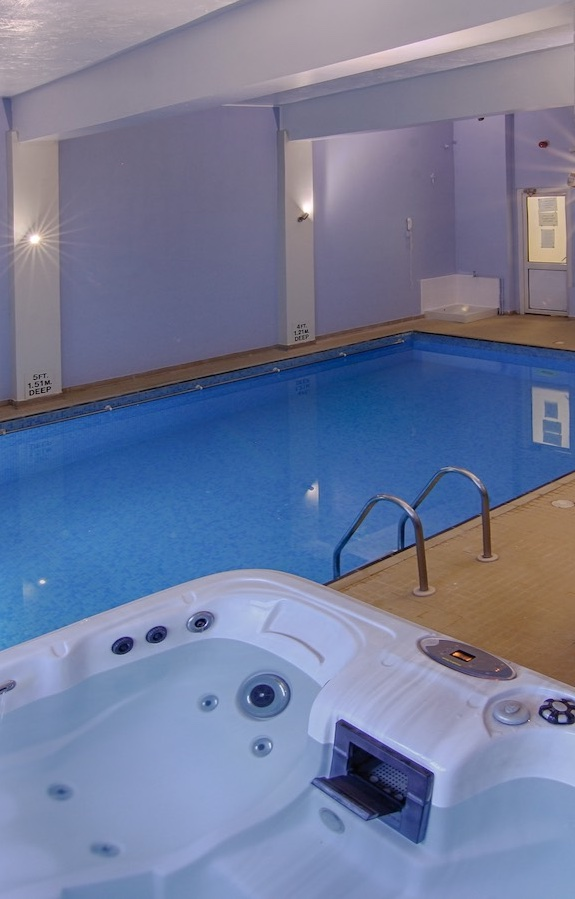 Indoor Pool and Hot Tub at Luccombe Hall., Isle of Wight